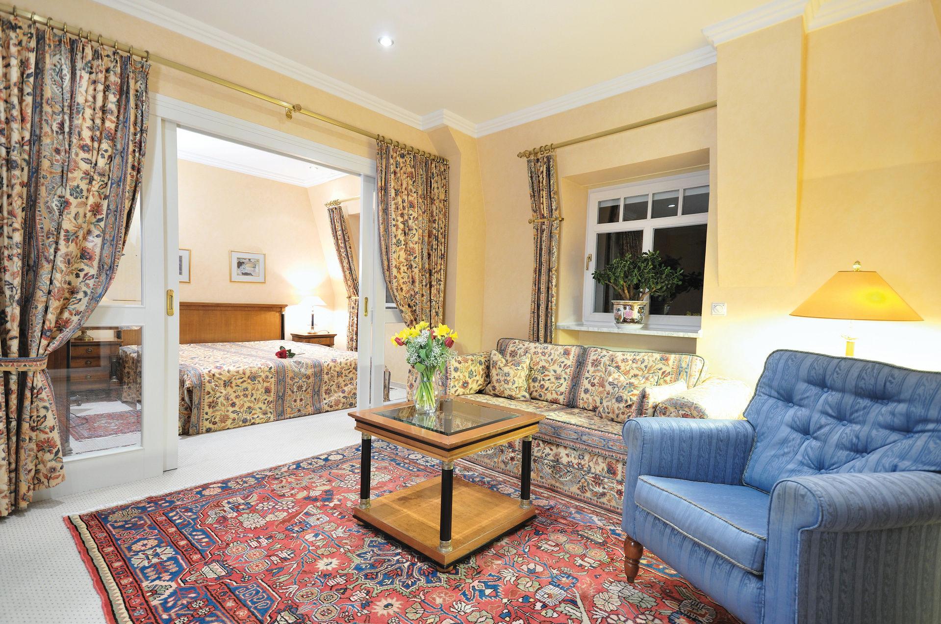 deluxe hotel residenz am rosengarten hotel bad kissingen rh n. Black Bedroom Furniture Sets. Home Design Ideas